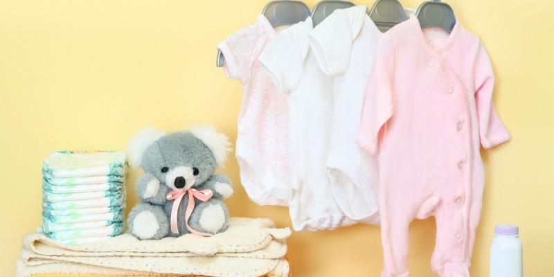Kleidung vom Baby waschen